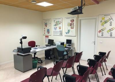 Aula lezioni autoscuola (1) | Agenzia San Paolo